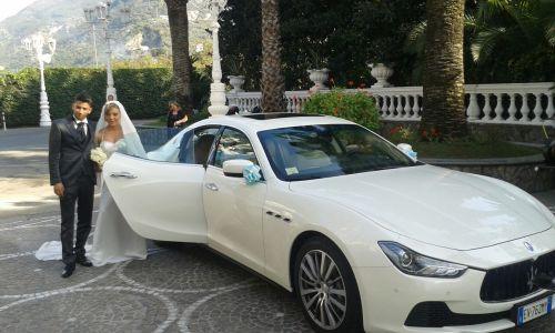 Matrimonio In Ferrari : Matrimonio al grand hotel la sonrisa auto sposi napoli
